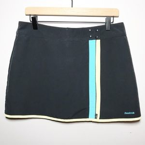 NWOT Reebok Size Medium Activewear Skort